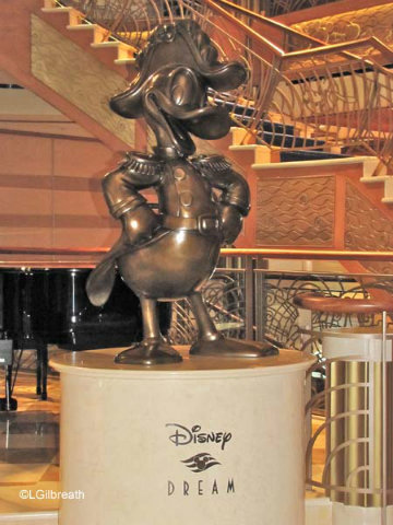 disney-cruise-line-dream-lobby-statue-donald-duck.jpg