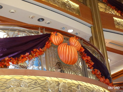 disney-cruise-line-halloween-on-the-high-seas-atrium-decorations.jpg