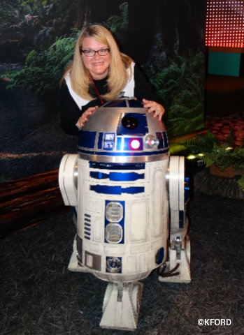 disney-cruise-line-star-wars-day-at-sea-r2d2.jpg
