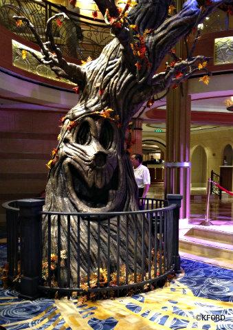 Sleepy Hollow Ford >> Review: Disney Cruise Line's Halloween on the High Seas ...