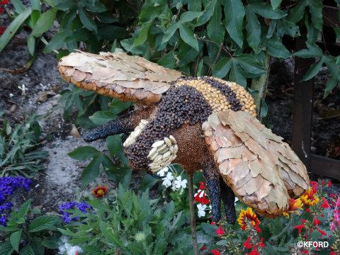 disney-epcot-flower-garden-festival-bee-pollinator-prop.jpg
