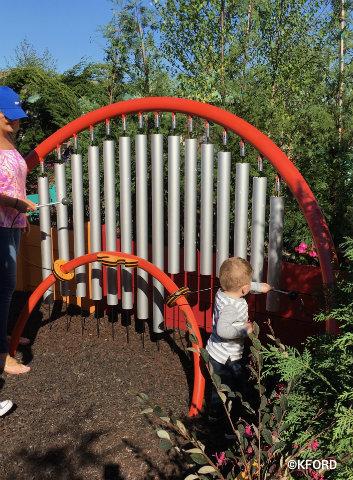 disney-epcot-flower-garden-musical-instrument-play-garden.jpg