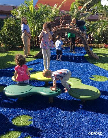 disney-epcot-flower-garden-play-garden-pond.jpg