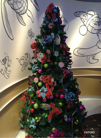 disney fantasy animators palate christmas treejpg holiday decorations that are beautifully themed
