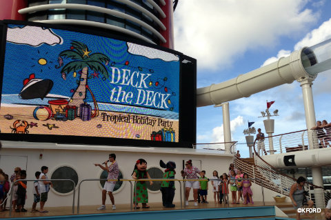 disney-fantasy-deck-the-deck-lilo-and-stitch.jpg