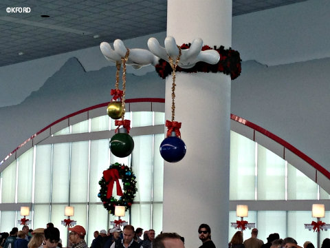disney-fantasy-port-terminal-decorations.jpg