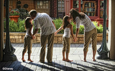 disney-fine-art-photography-family-epcot.jpg