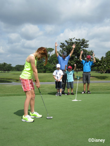disney-golf-summer-camp-putting.jpg