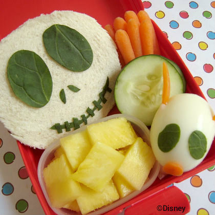 disney-halloween-jack-skellington-bento-box-lunch.jpg