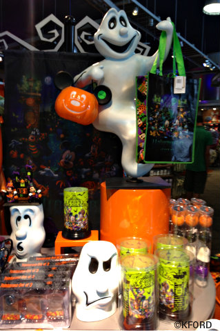 disney-halloween-merchandise.jpg