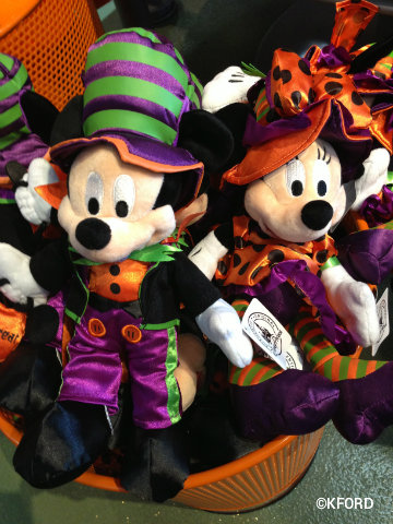 disney-halloween-mickey-minnie-plush.jpg