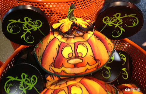 disney-halloween-pumpkin-mouse-ears.jpg