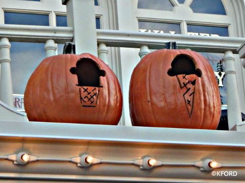 disney-ice-cream-pumpkin.jpg