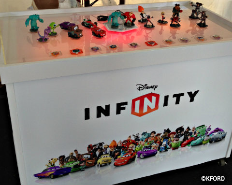 disney-infinity-display-characters.jpg