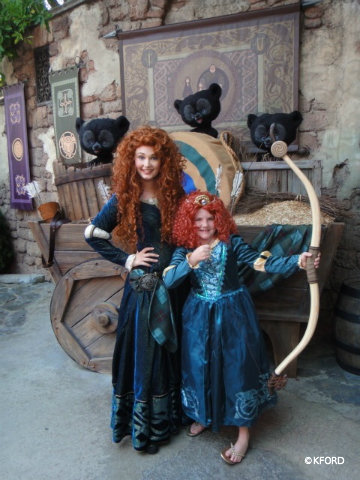 disney-merida-costume-with-wig.jpg