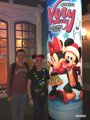 disney-mickeys-very-merry-christmas-party-main-street-bypass.jpg