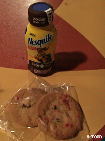 disney-mickeys-very-merry-christmas-party-peppermint-crunch-cookies-nesquik.jpg