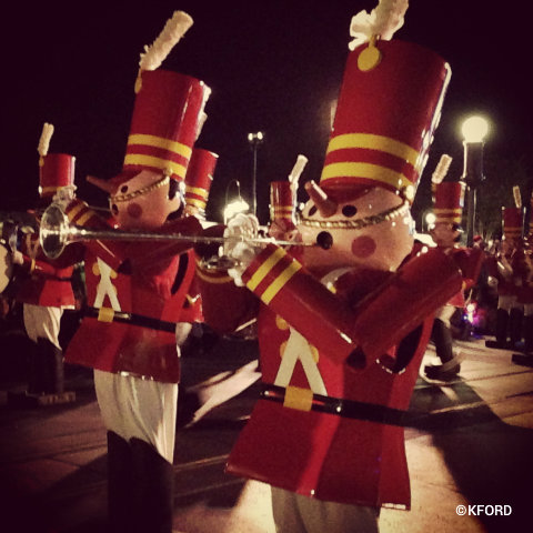 disney-mickeys-very-merry-christmas-party-toy-soldiers.jpg