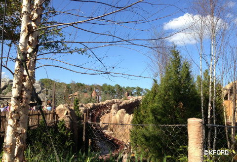 disney-mine-train-track2.jpg