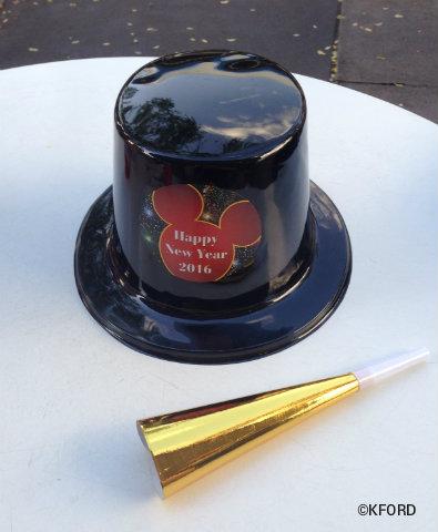 disney-new-years-eve-hat-horn.jpg