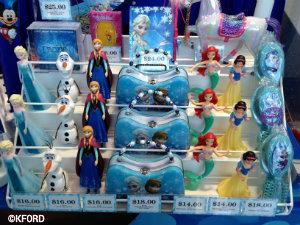 disney-on-ice-frozen-merchandise3.jpg