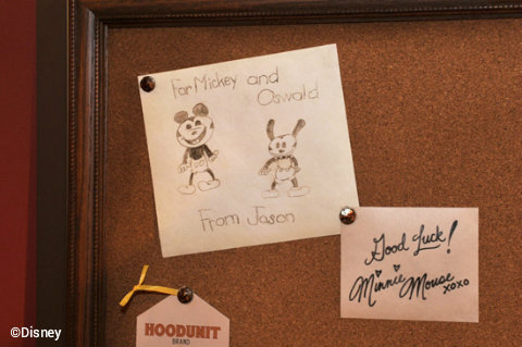 disney-oswald-drawing-magic-kingdom.jpg