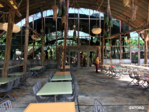 disney-pandora-satuli-canteen-exterior.jpg