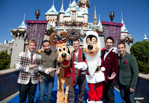 disney-parks-christmas-day-parade-backstreet-boys.jpg