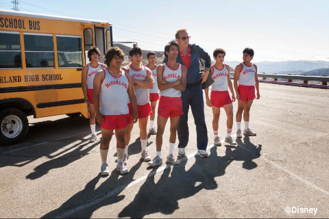 disney-pictures-mcfarland-usa-team-coach.jpg