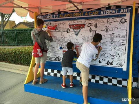 disney-pixar-cars3-road-to-the-races-street-art-mural.jpg