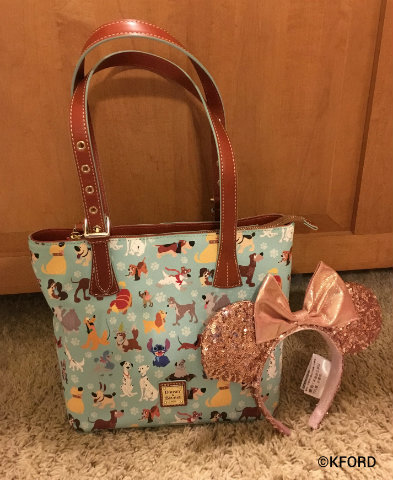 disney-souvenirs-dooney-dogs-tote-rose-gold-ears.jpg