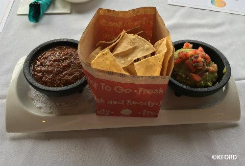 disney-springs-paradiso-37-chips-salsa-guacamole.jpg