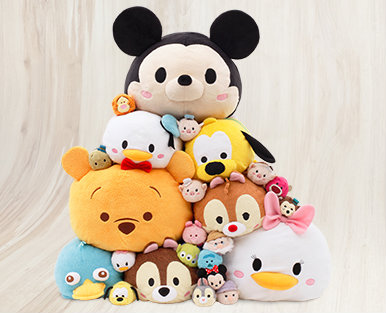 disney-tsum-tsum-plush-large-stack.jpg