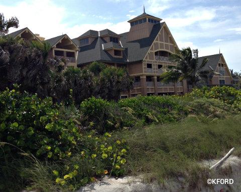 disney-vero-beach-facade.jpg