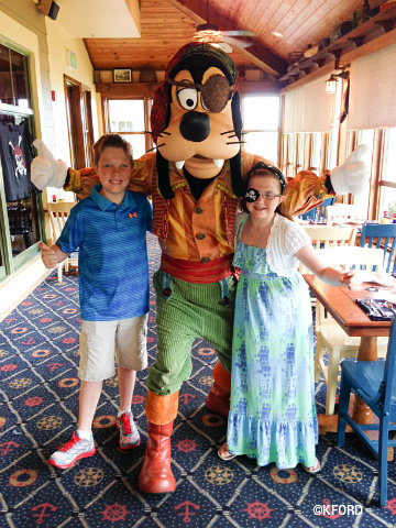 disney-vero-beach-pirate-goofy.jpg