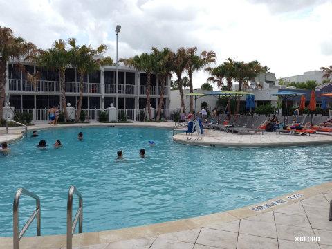 disney-world-b-hotel-pool.jpg