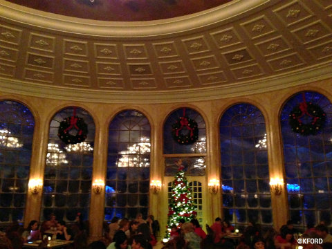 disney-world-be-our-guest-christmas-windows.jpg