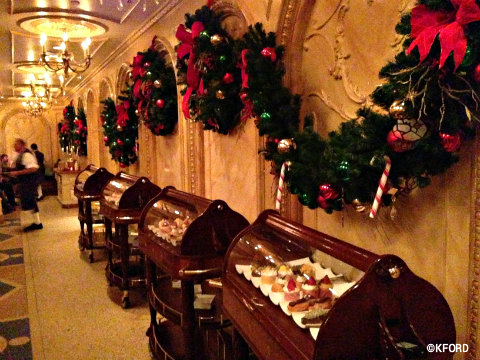 disney-world-be-our-guest-wreath-dessert-trolleys.jpg