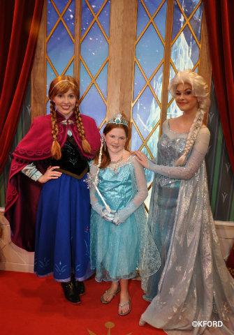 Check out new frozen character appearances and merchandise at walt disney world frozen anna elsa meet laureng m4hsunfo