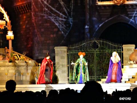 disney-world-halloween-hocus-pocus-sanderson-sisters-1.jpg