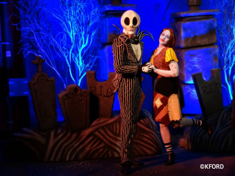 disney-world-mickeys-not-so-scary-halloween-party-2015-jack-skellington-sally.jpg