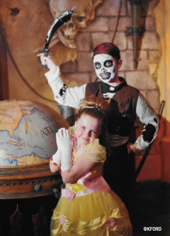 disney-world-pirates-league-bibbidi-bobbidi-boutique.jpg