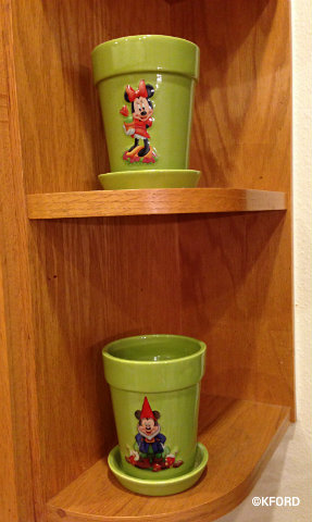 disney-world-plant-pots.jpg