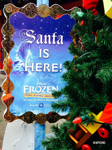 disney-world-santas-chalet-sign.jpg