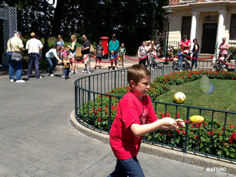 epcot-easter-egg-race-carter.jpg