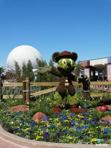 epcot-flower-garden-festival-2016-ranger-mickey-topiary.jpg