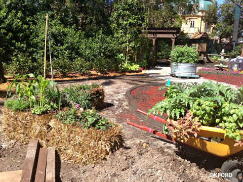 epcot-flower-garden-hay-bale-gardening.jpg