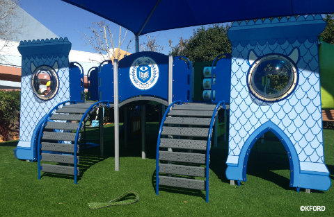 epcot-flower-garden-monsters-university-playset2.jpg