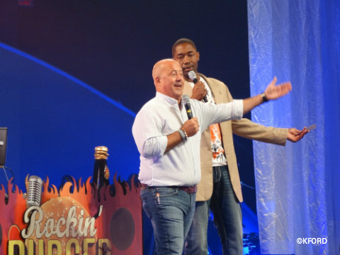 epcot-food-wine-festival-rockin-burger-block-party-andrew-zimmern.jpg