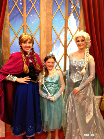 epcot-frozen-anna-and-elsa.jpg